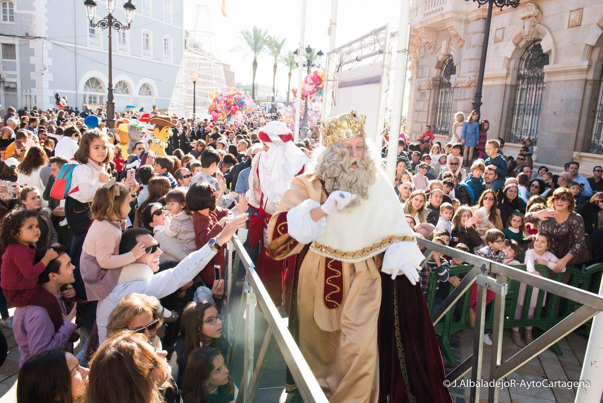 Los Reyes Magos desembarcan en Cartagena