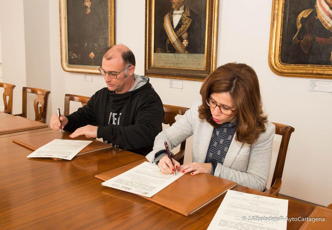 Firma del acuerdo entre la ADLE y el CEFIC