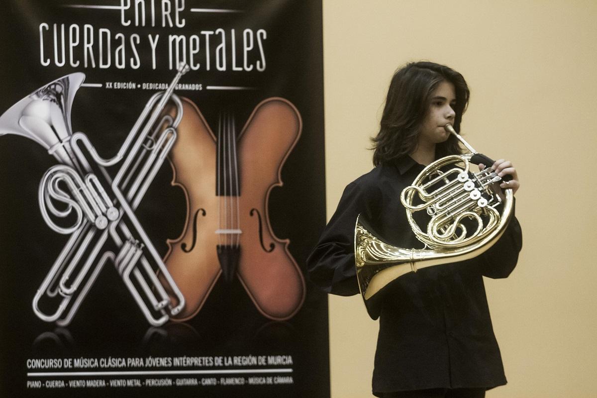 viento metal 'entre cuerdas y metales'