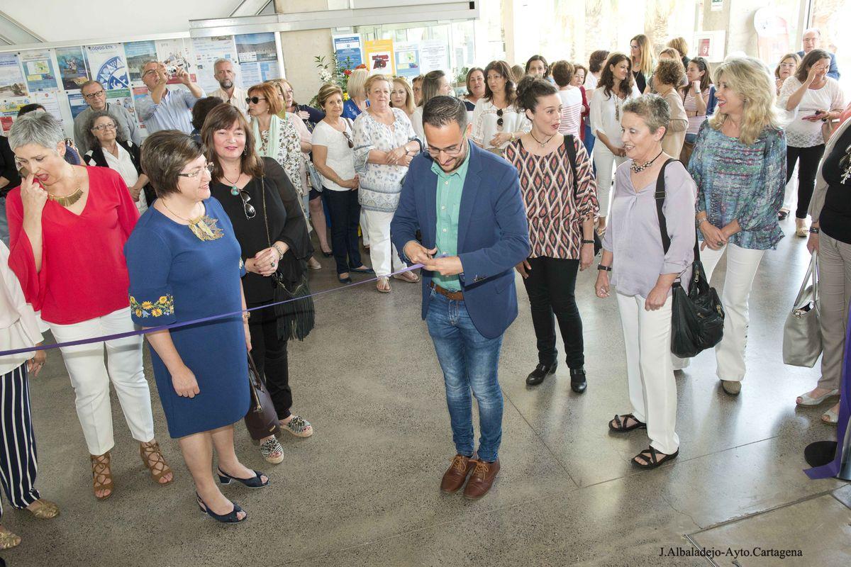 Inauguración exposición talleres de la concejalía de Igualdad