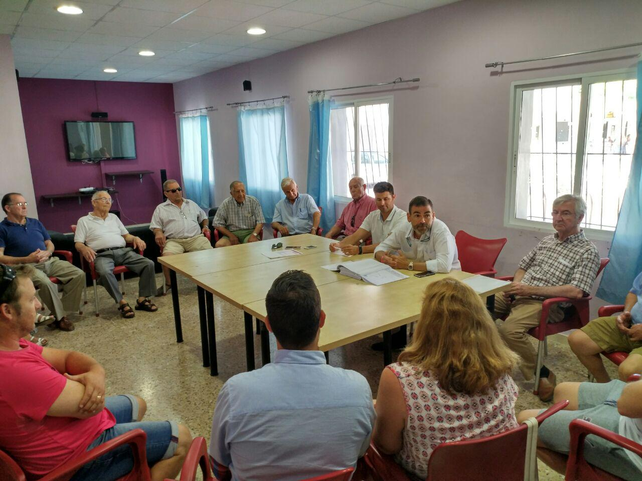 Visita del primer teniente de alcalde, José López, a El Albujón