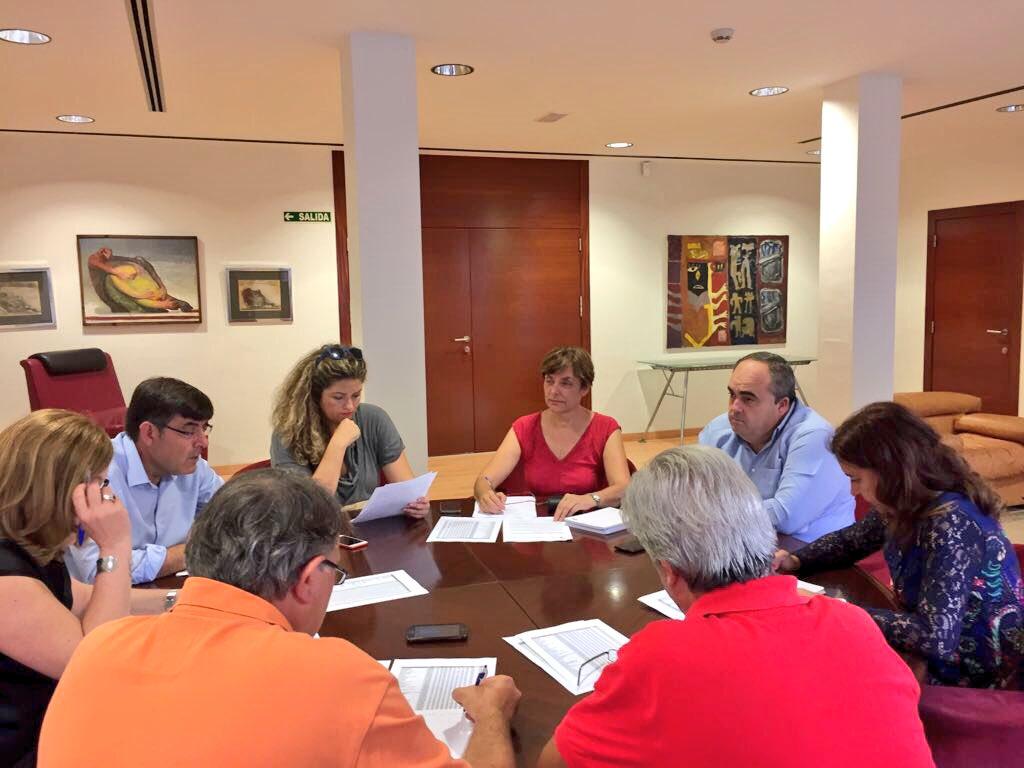La Concejalía de Descentralización adjudica 188.500 euros para las Asociaciones de Vecinos del municipio