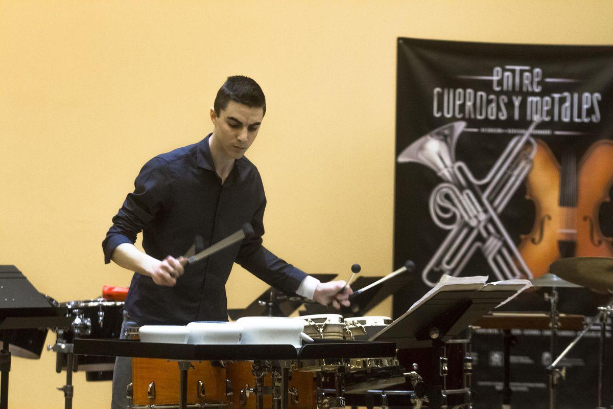 Primer concierto promocional Entre Cuerdas y Metales