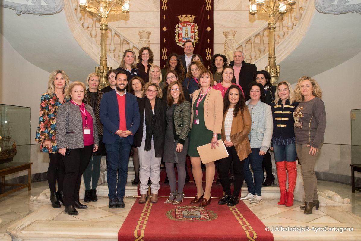 Inauguración de la jornada de AMEP y FEDEPE sobre Planes de Igualdad