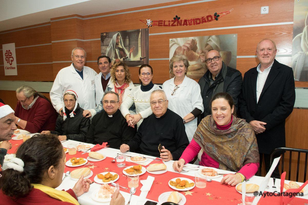 Los comedores sociales de Cartagena abrieron sus puertas en ...