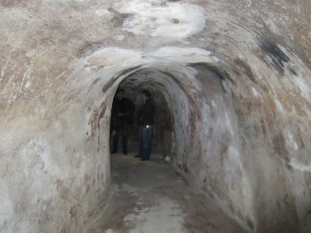 Refugio de la guerra civil española de la Serreta, en la pared del baluarte de Berwick