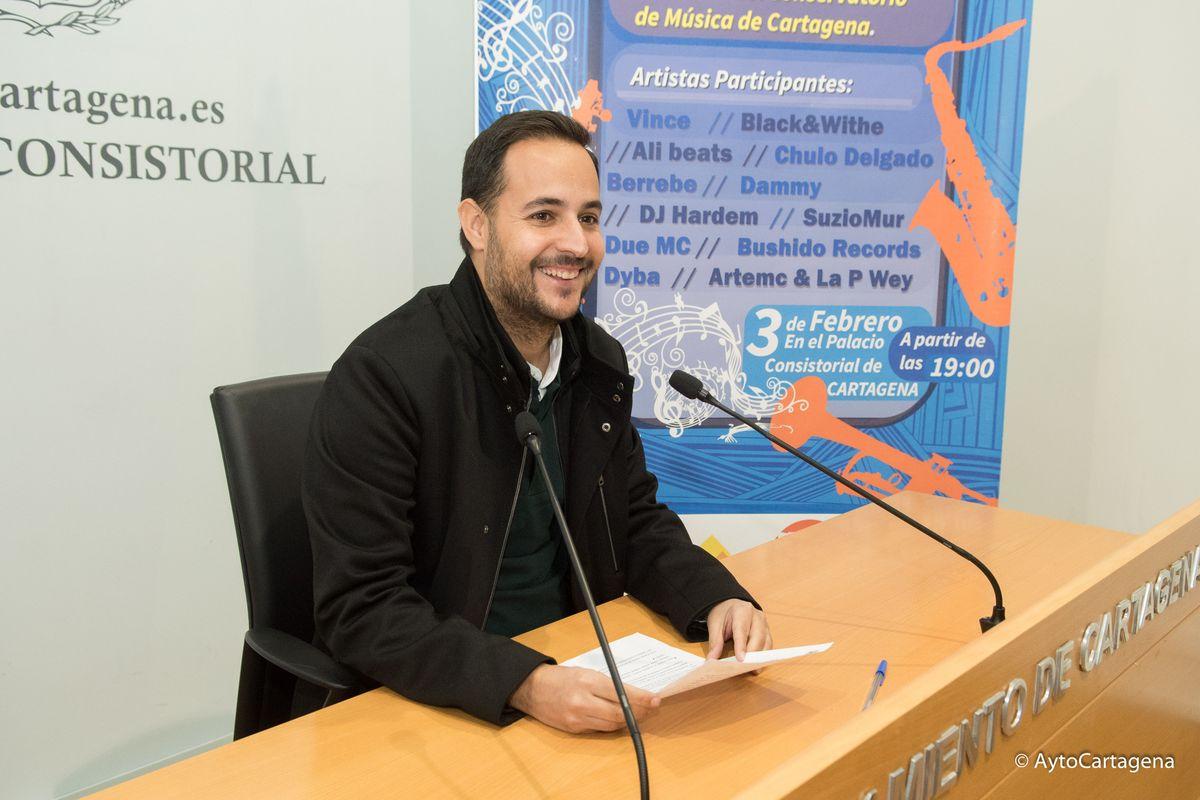 David Martínez Noguera en la presentación del Rap Sinfónico