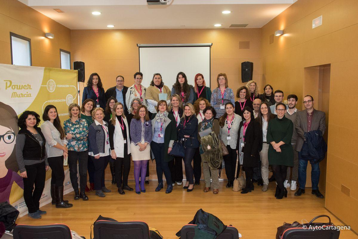Clausura de la Mesa de Experiencia Emprendedoras AMEP