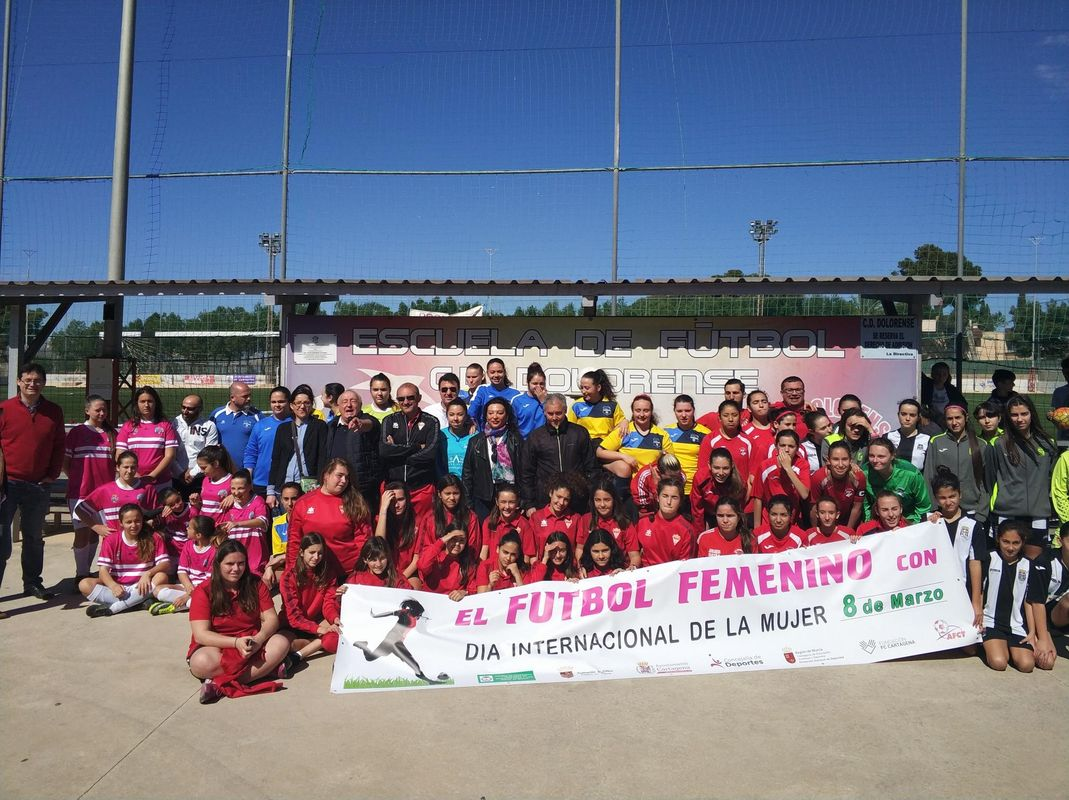 Jornada 18 liga comarcal de fútbol y homenaje Día de la Mujer