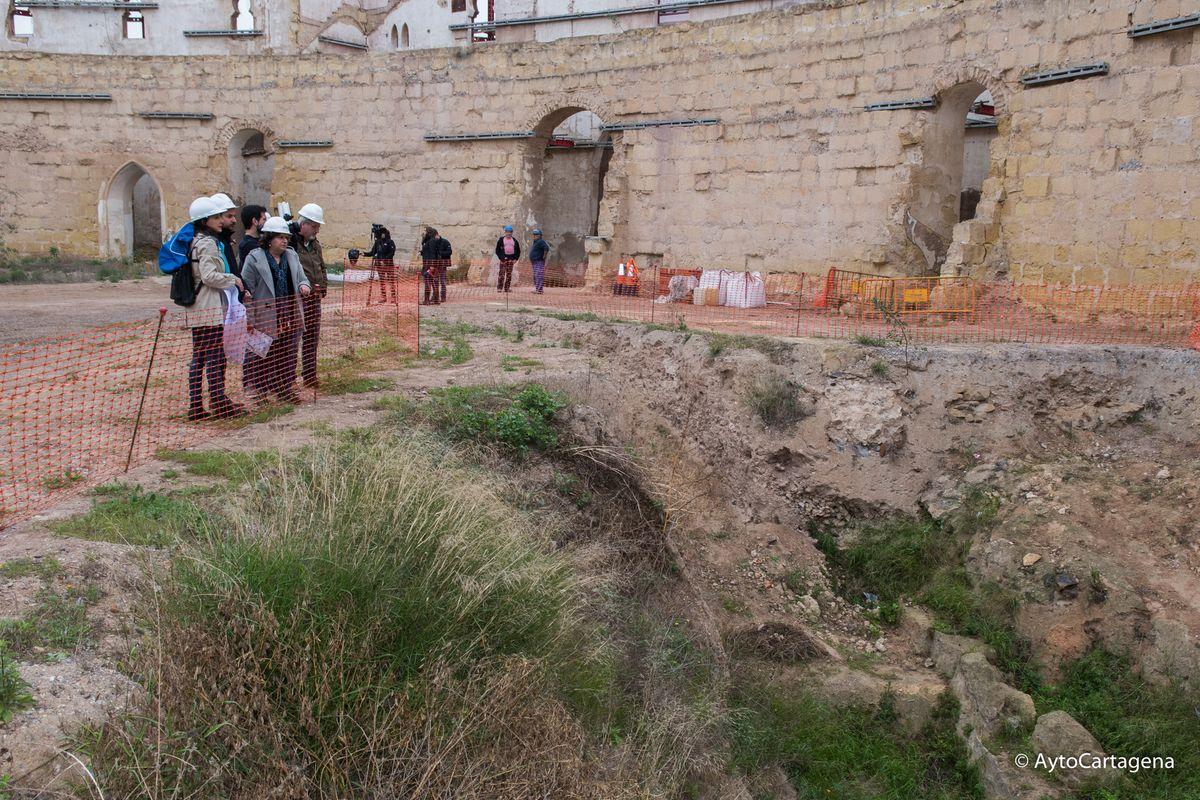 Visita al anfiteatro romano