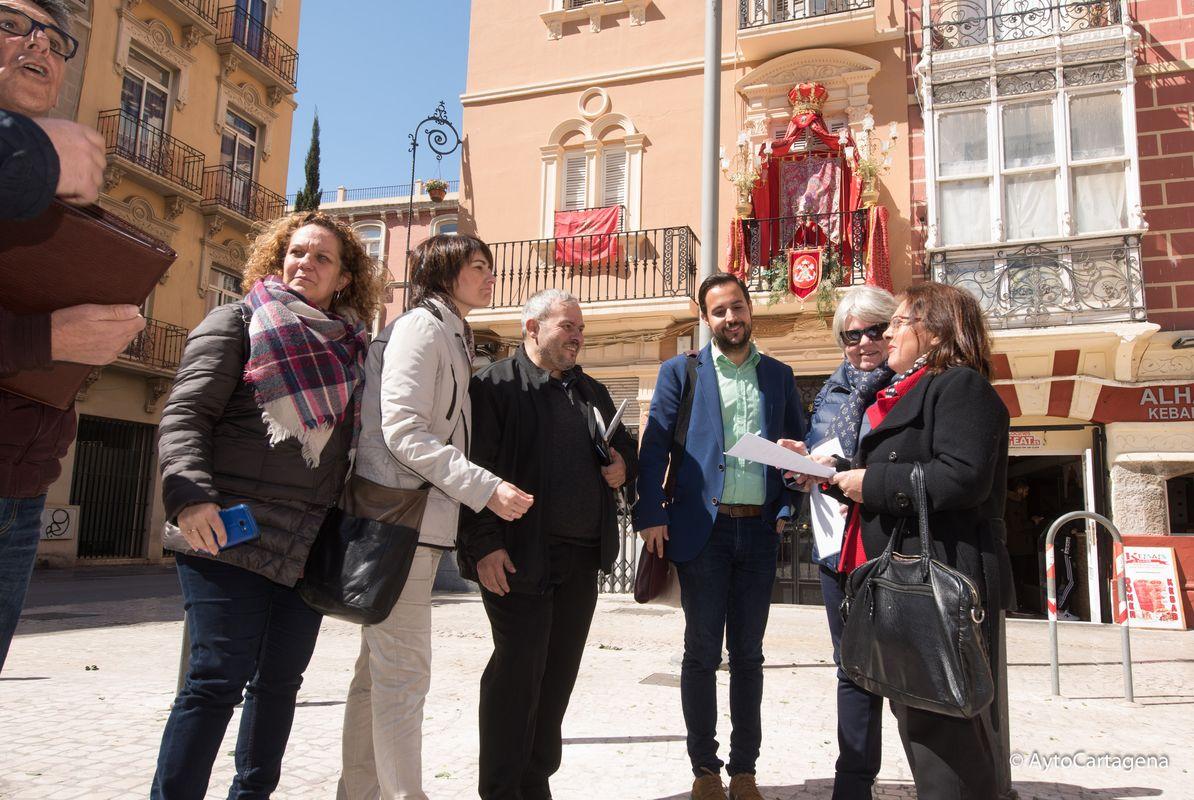 Concurso de balcones y fachadas decoradas por Semana Santa