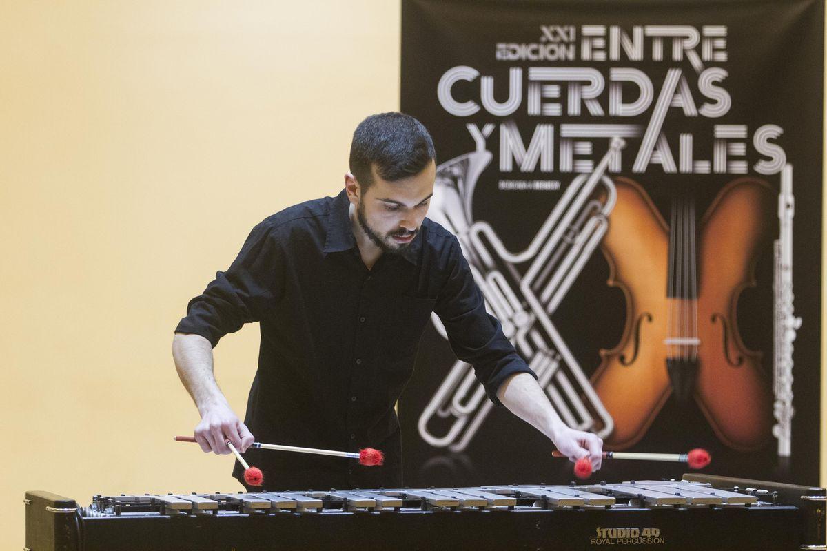 Final de percusión de Entre Cuerdas y Metales