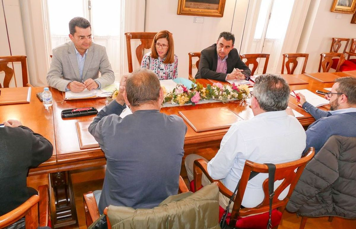 Mesa de negociación de la ADLE