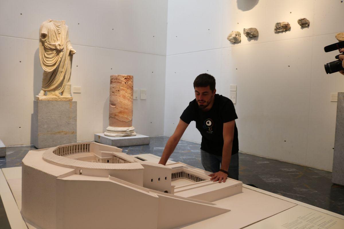 Adaptación del Museo del Teatro Romano a personas invidentes