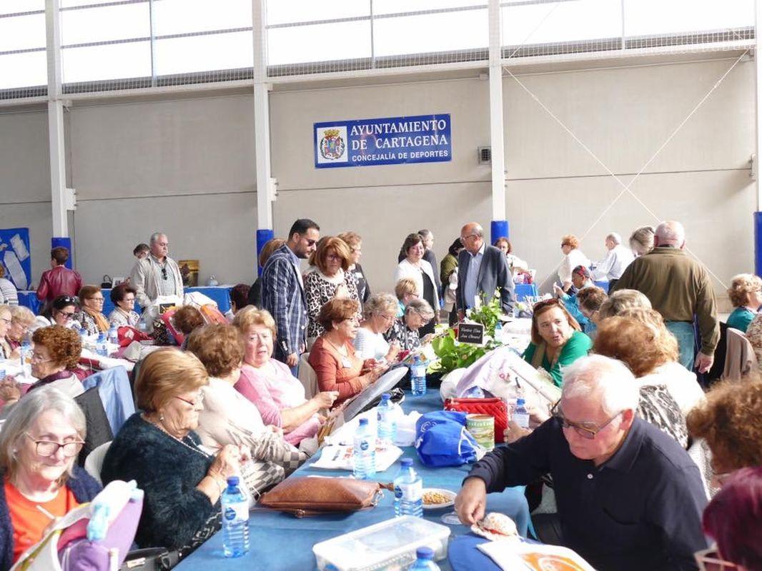 Más de 250 encajeras se reunieron en el XVI Encuentro de Bolillos