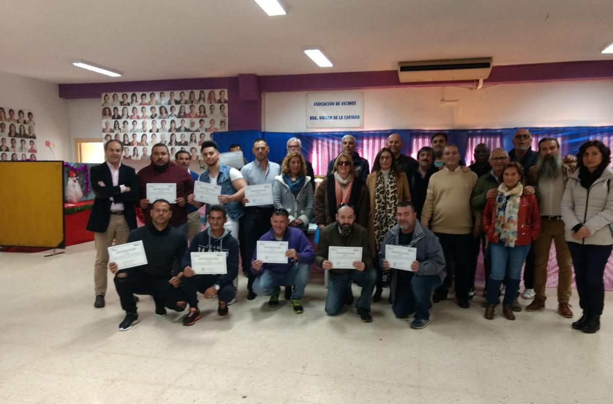 Entrega de diplomas Programa Barrios ADLE