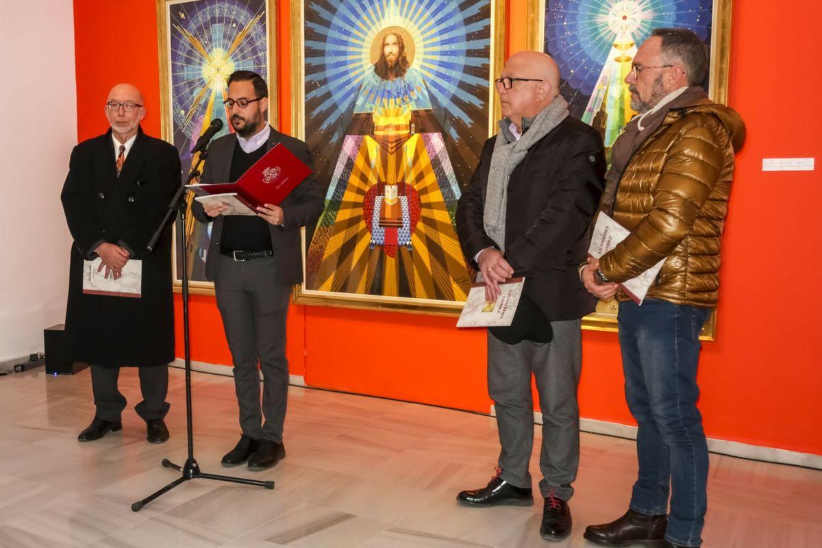 Inauguración de la exposición sobre colección esotérica municipal de Nicomedes Gómez
