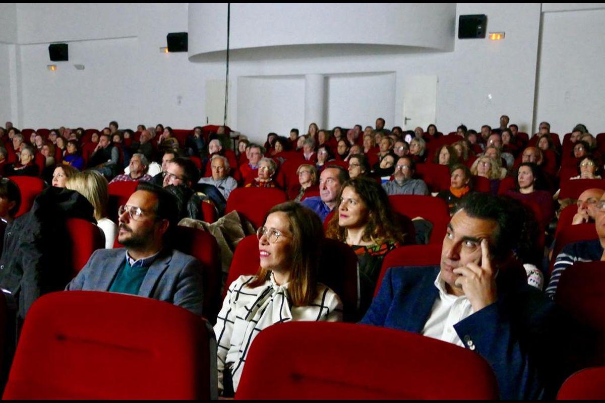 Proyección del documental 'El Proxeneta. Paso corto, mala leche', de Mabel Lozano