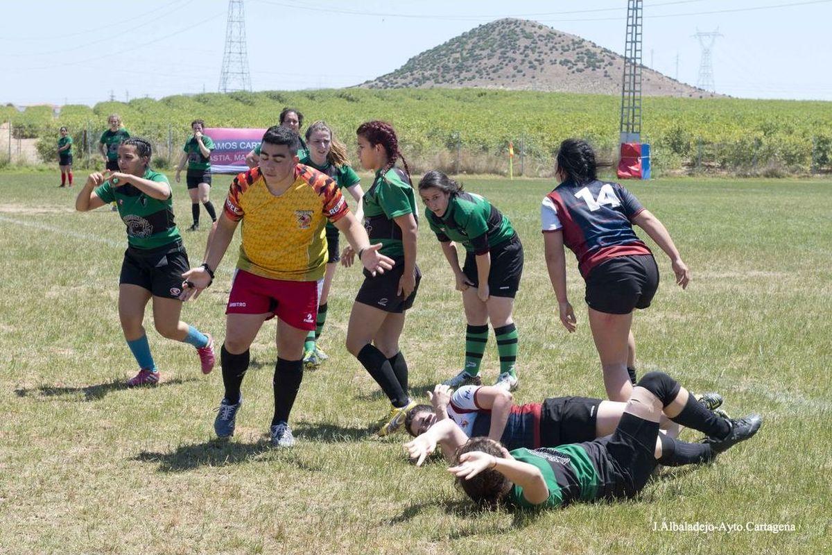 Campeonato en el campo municipal de Rugby en La Asomada