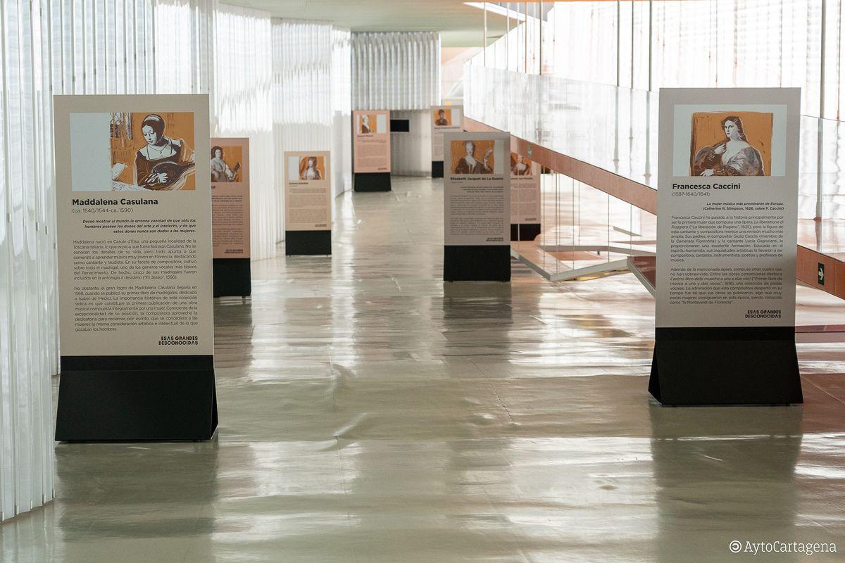 Inauguración 'Esas Grandes Desconocidas' en El Batel