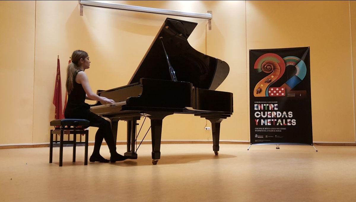 Finalistas de piano Entre Cuerdas y Metales