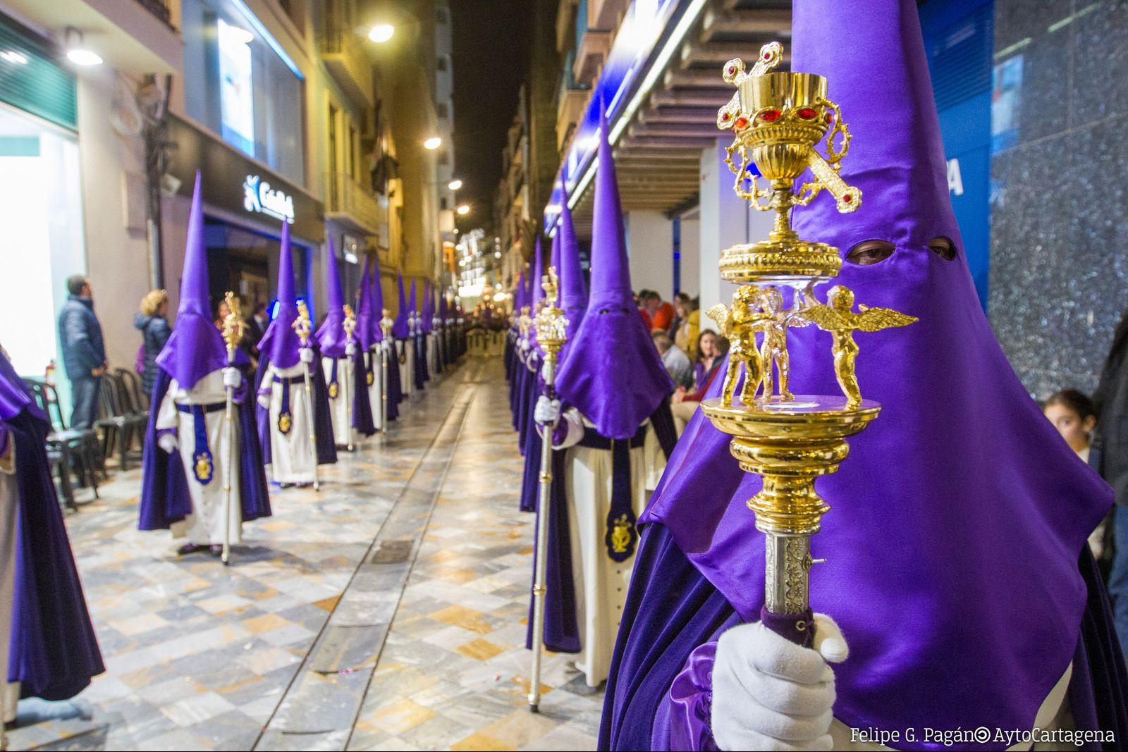 Lunes Santo - Procesión de Promesas de la Santisima Virgen de la Piedad
