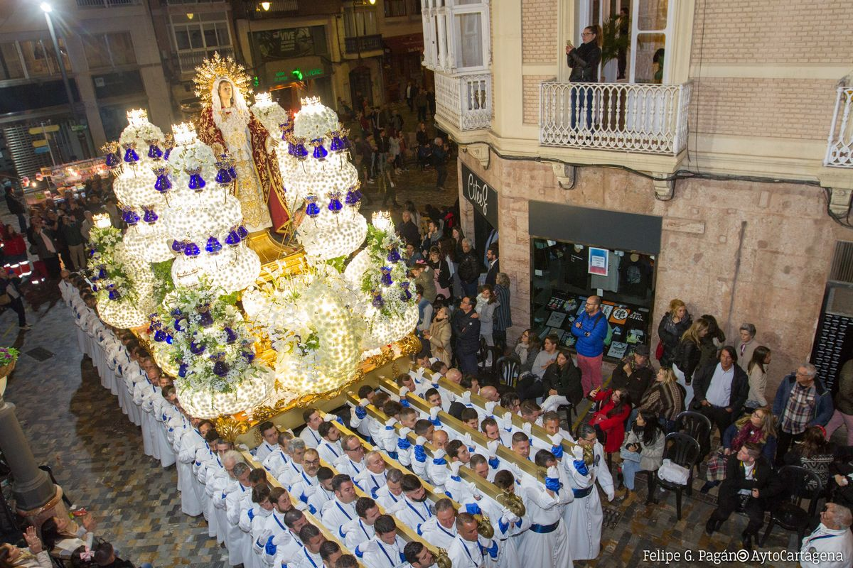Procesión california del Miércoles Santo en Cartagena