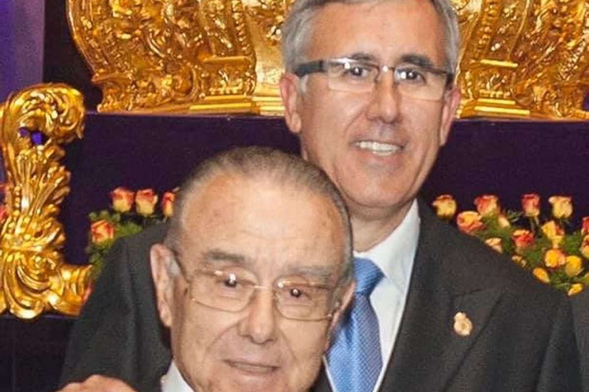 Pedro Ferrández García, con su padre, el ex hermano mayor Pedro Ferrández Flores