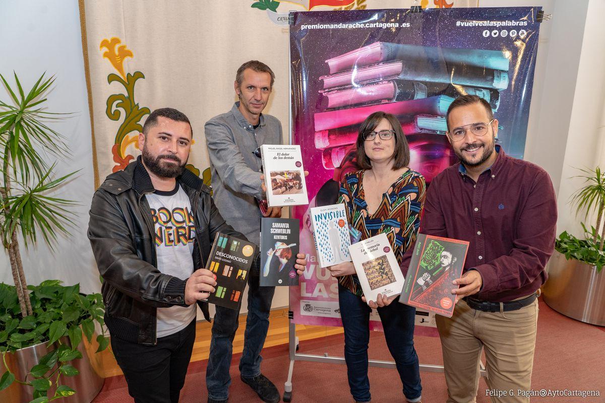 Presentación de los Premios Mandarache y Hache 2020