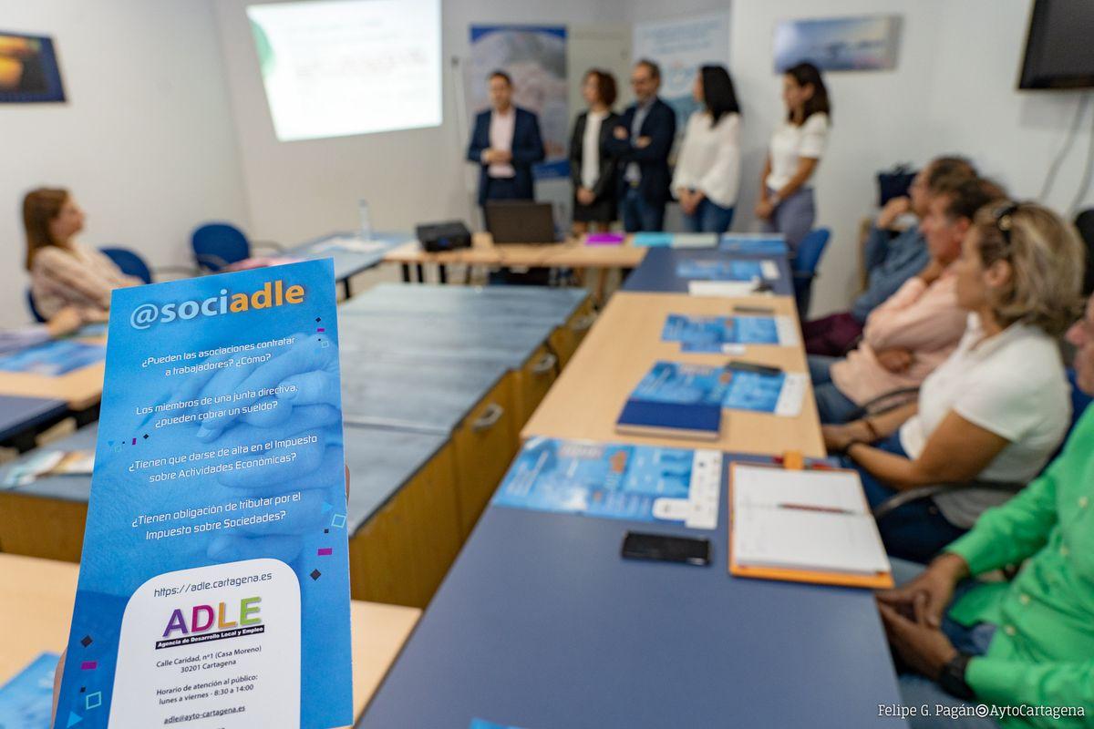 Presentación del programa ASOCIADLE de la ADLE