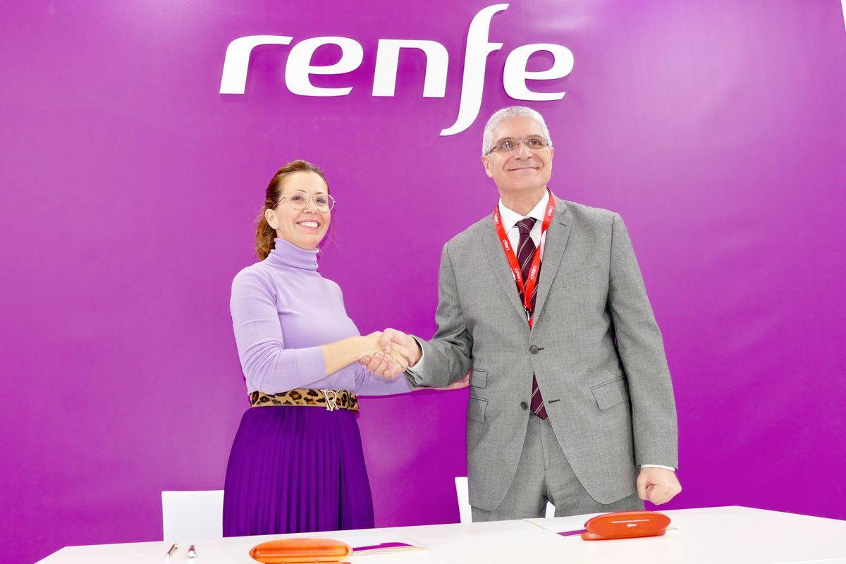 Firma del acuerdo con Renfe para promocionar Cartagena en todos sus canales
