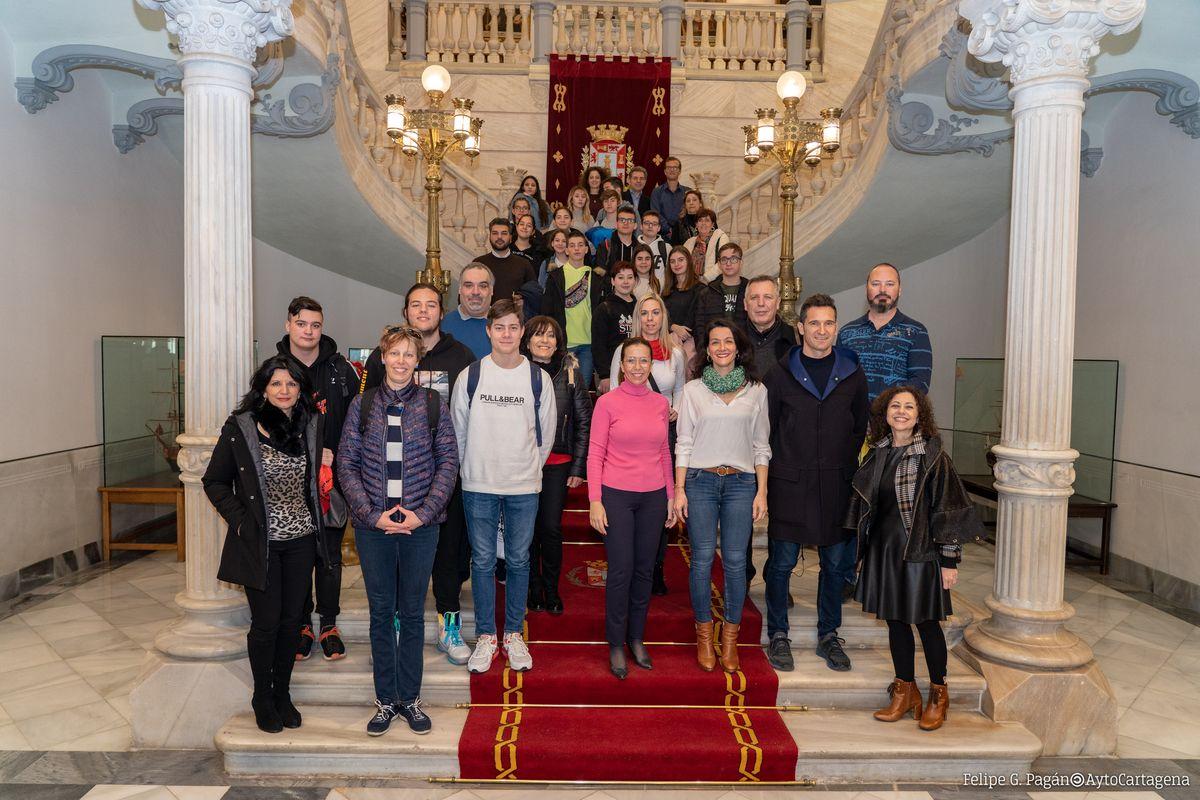 Recepción a alumnos y profesores del programa 'Games vs ESL' de Erasmus+KA 229