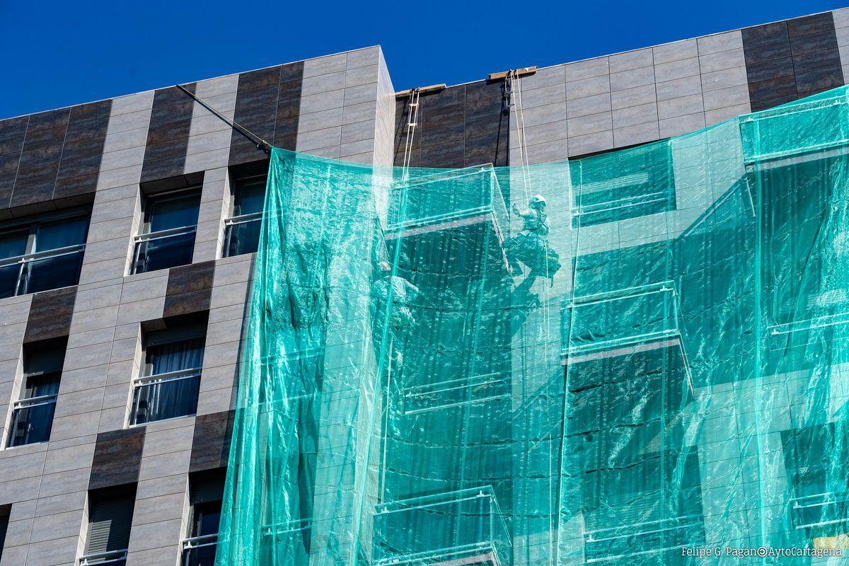 Obras de ornato y limpieza de fachadas. Imagen de archivo