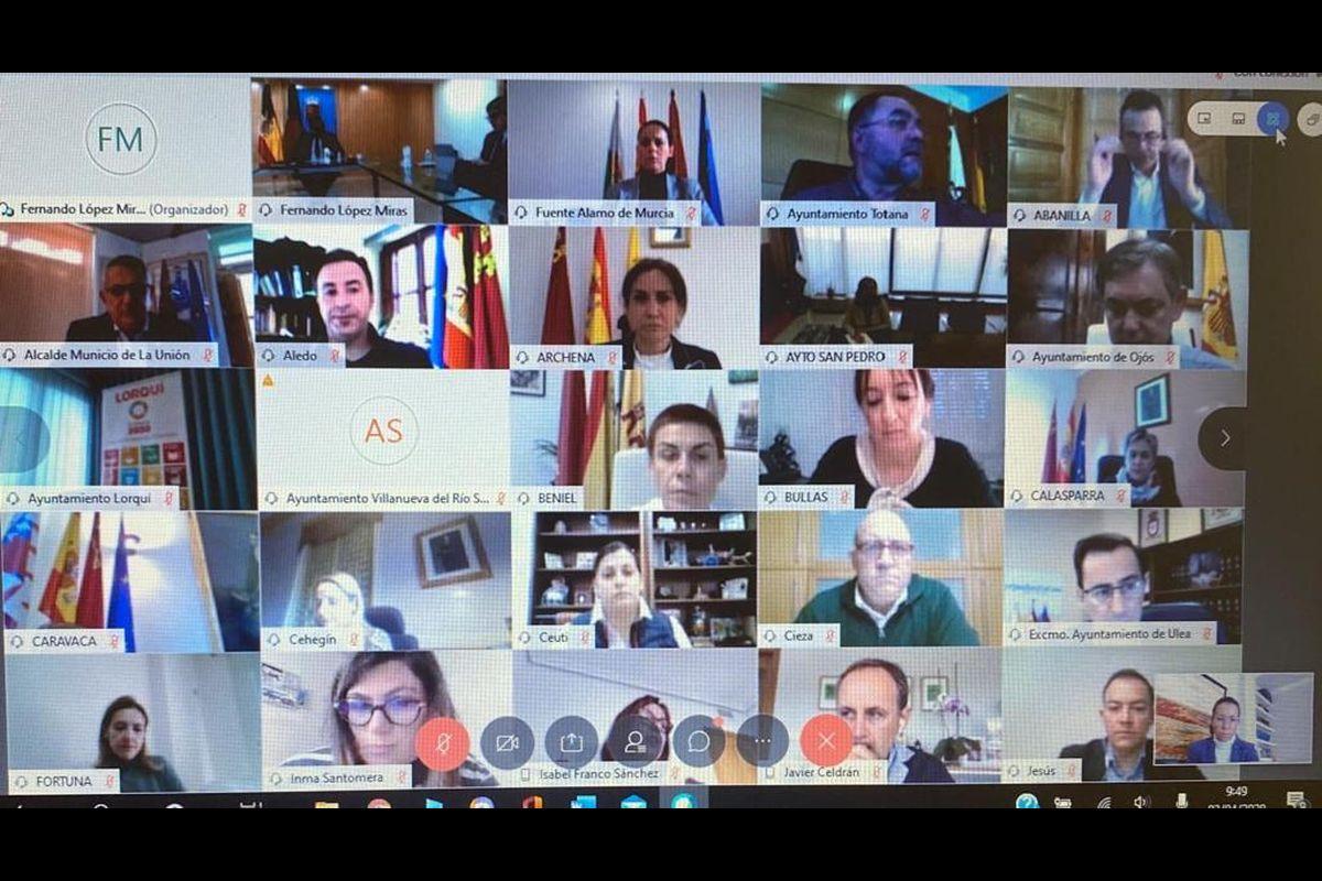 Videoconferencia de los alcaldes con el presidente de la CARM