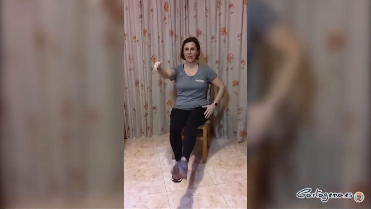 Ejercicios en silla con Deporte en Casa