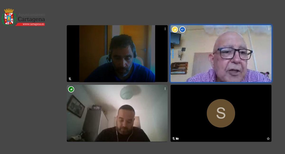 Manuel Padín durante su reunión por videoconferencia con Hostecar