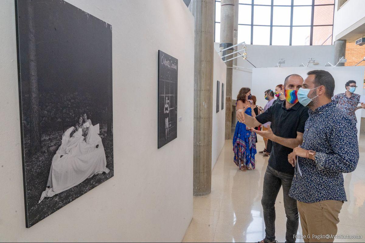 Inauguración Exposición Piedras En Alonso Luzzy