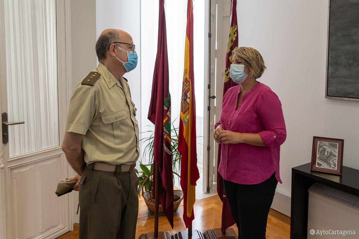 Reunión Noelia Arroyo y Coronel Frías