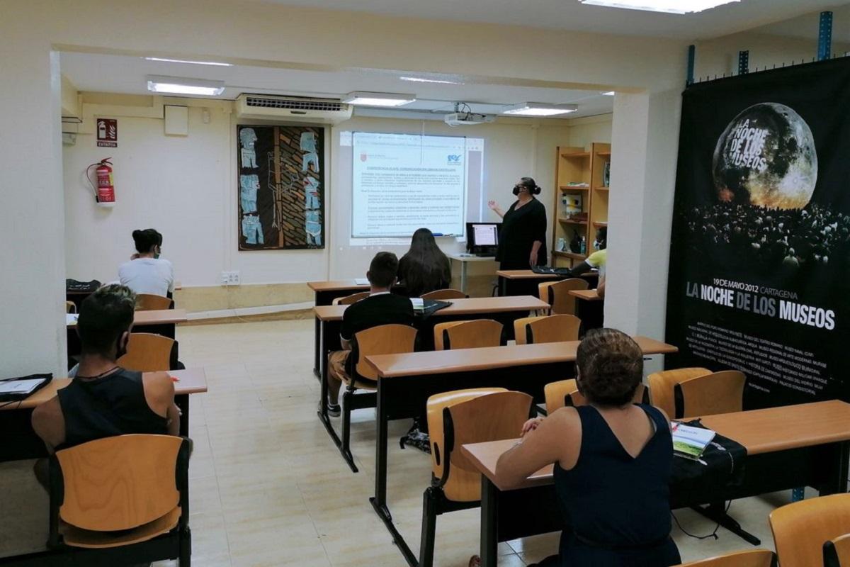 Curso preparatorio para el examen de Competencias Clave