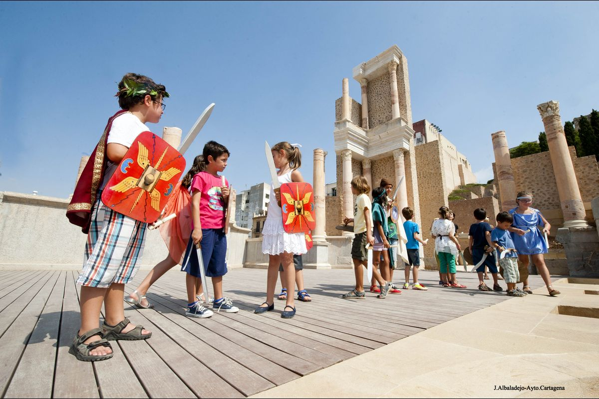 Visita guiada niños Cartagena Puerto de Culturas