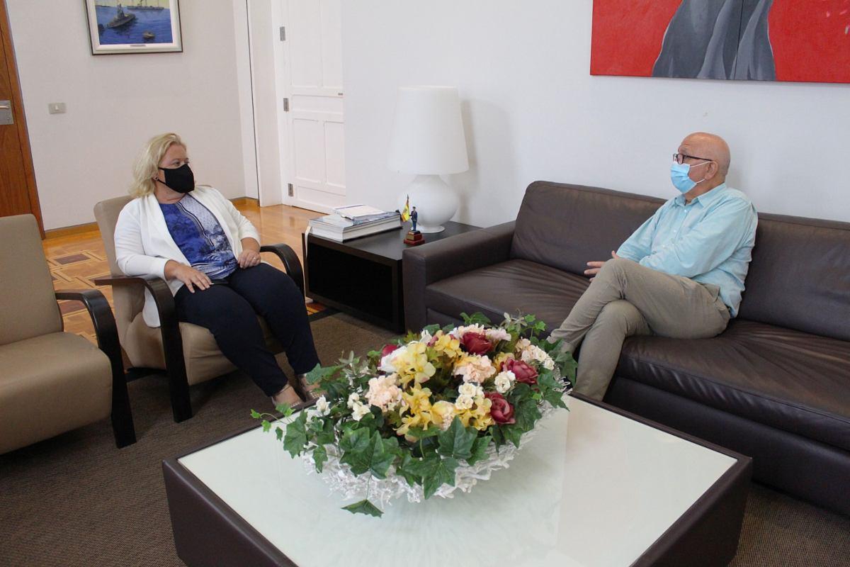 Reunión Manuel Padín y Ana Correa