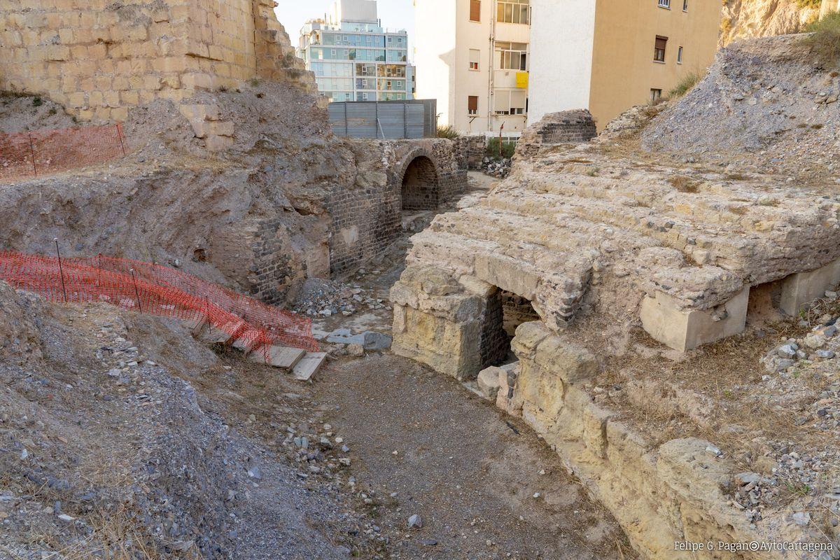 Restos del graderío del Anfiteatro Romano de Cartagena
