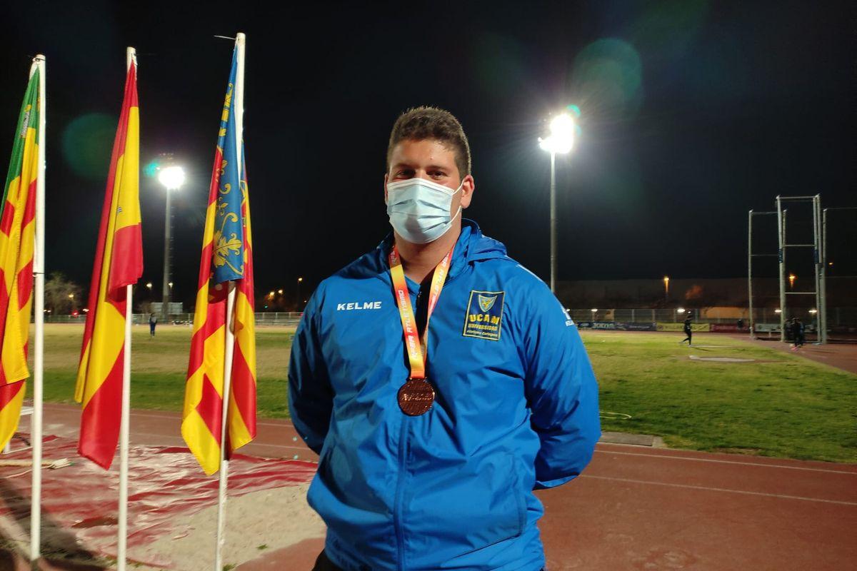 Mario Garcia del UCAM Cartagena consigue el bronce en disco en el campeonato nacional de invierno
