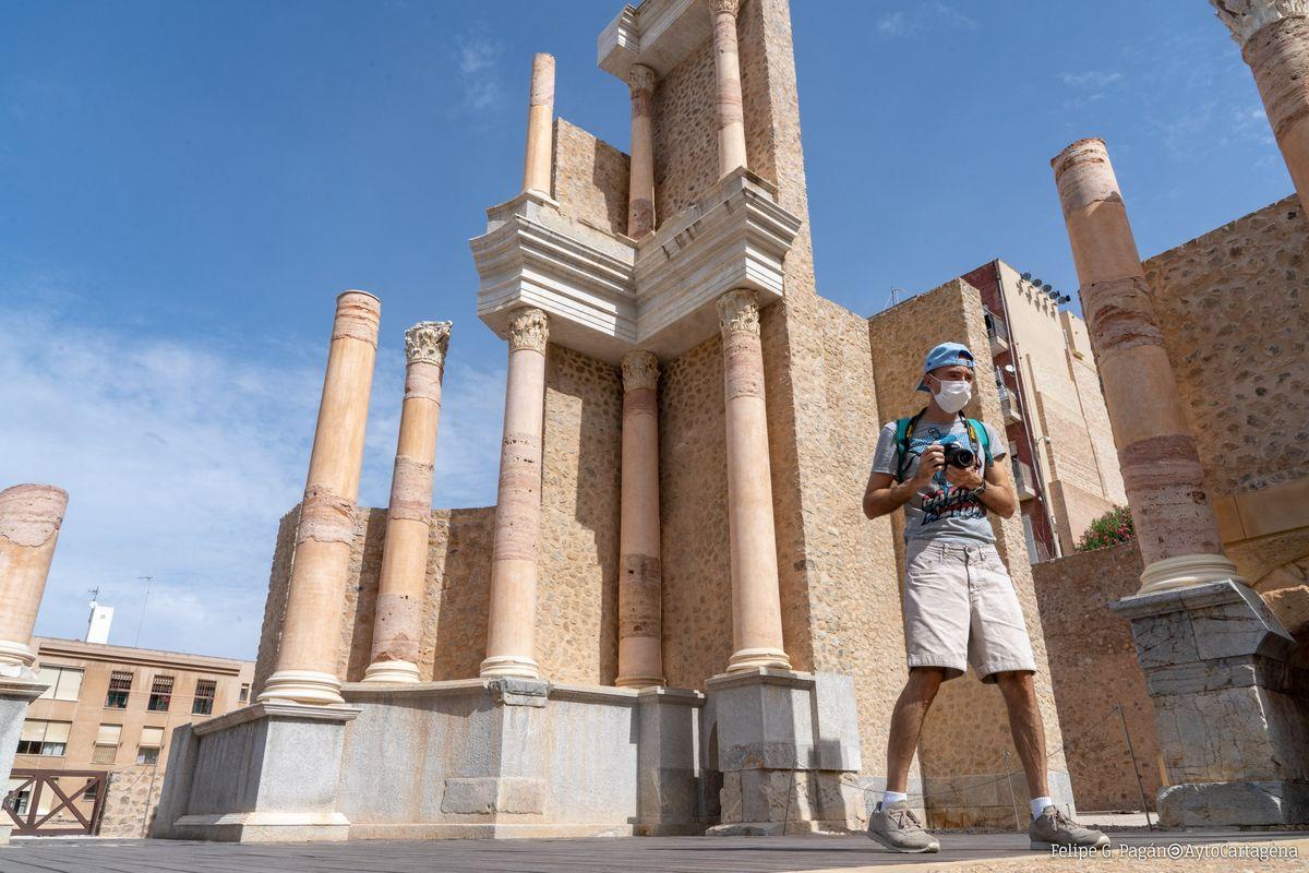 Turismo seguro en el Teatro Romano.