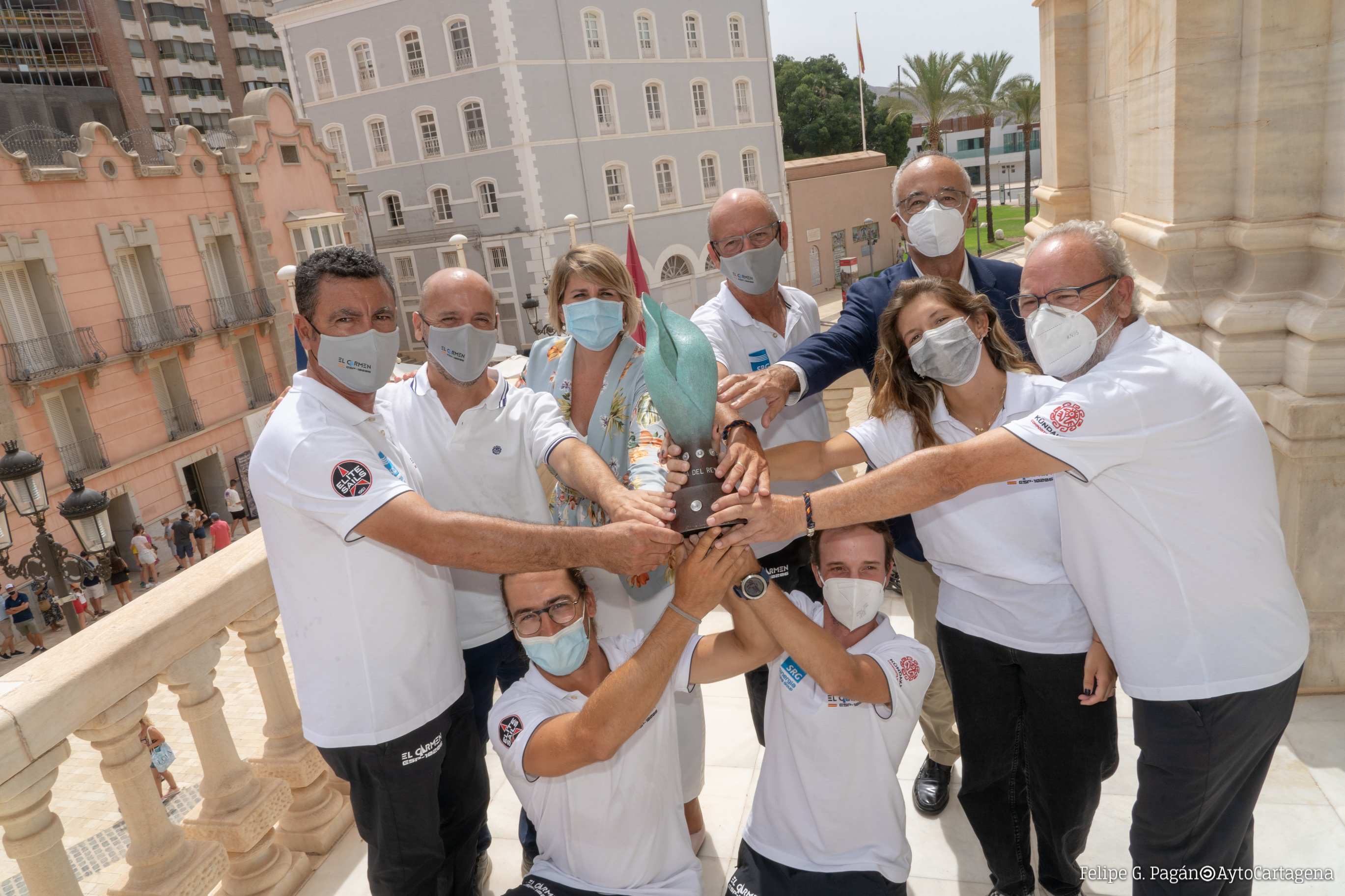 Recepción a la tripulación de El Carmen-Elite Sails Ayuntamiento tras ganar la Copa del Rey de Vela