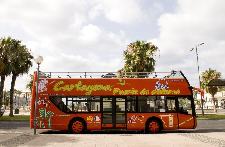 Autobús turístico de Puerto de Culturas