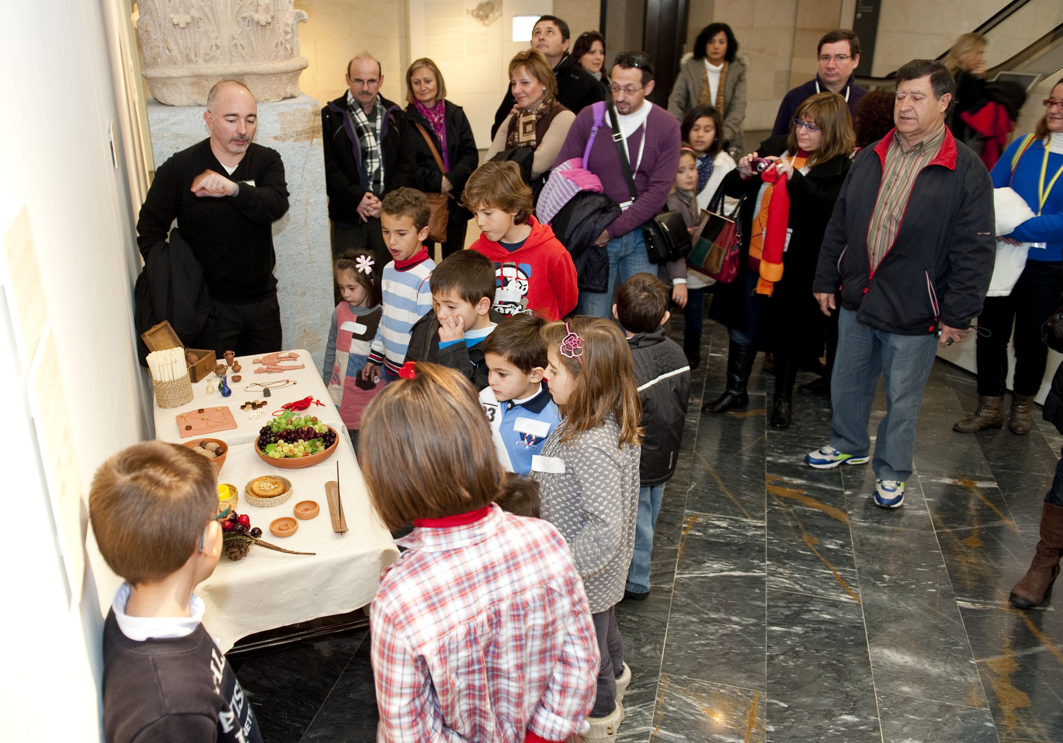 Visitas guiadas a las fiestas romanas del Museo del Teatro Romano