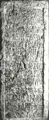 Pedestal romano situado en el Foro
