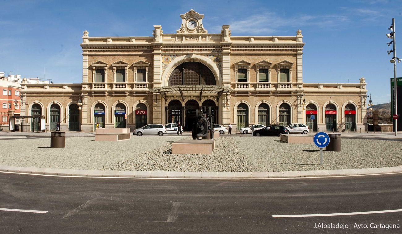 Estación de Ferrocarril de Víctor Beltrí
