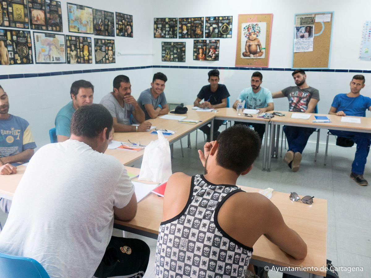 Visita de la vicealcaldesa a la Botica del Libro en Lo Campano